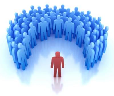 Nên nhờ người nổi tiếng tham gia quảng cáo hoặc nói về sản phẩm của mình nếu muốn kinh doanh online thành công